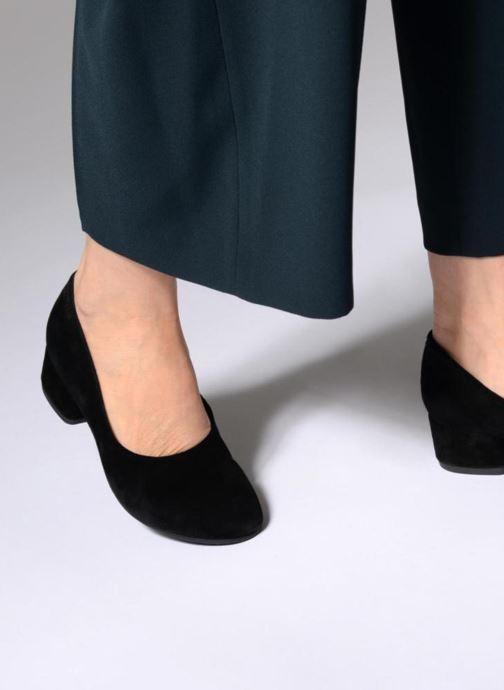 Escarpins Vagabond Shoemakers Jamilla 4430-440 Noir vue bas / vue portée sac