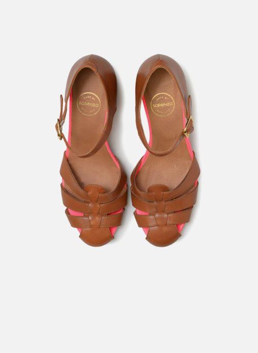 Sandali e scarpe aperte Made by SARENZA 90's Girls Gang Sandales à Talons #5 Marrone modello indossato