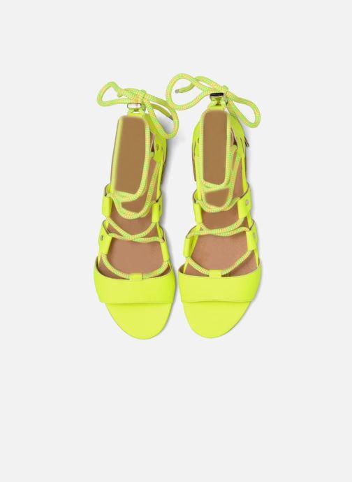 Sandales et nu-pieds Made by SARENZA 90's Girls Gang Sandales Plates #1 Jaune vue portées chaussures