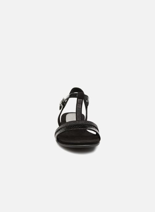 Sandali e scarpe aperte Marco Tozzi Peklu Nero modello indossato