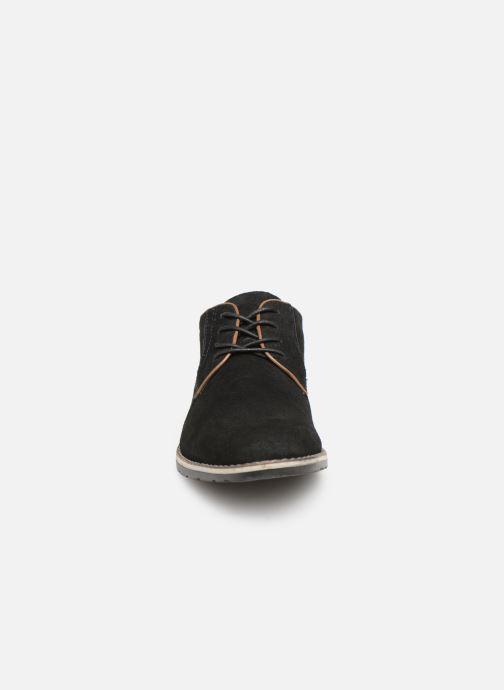 Scarpe con lacci I Love Shoes KERENS Leather Nero modello indossato