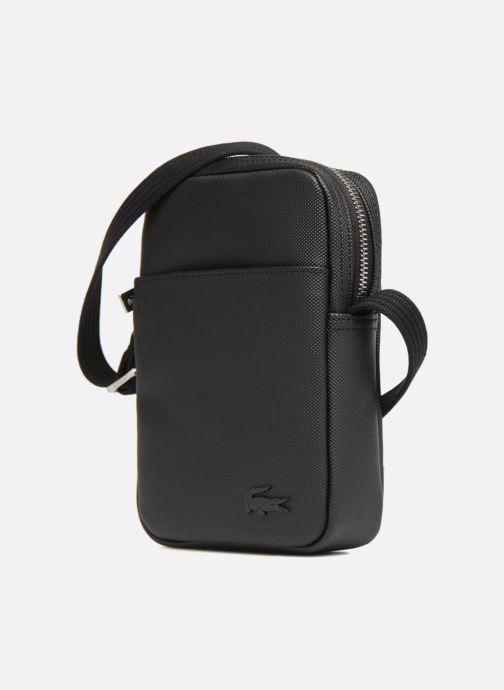 Herrentaschen Lacoste Men'S Classic Slim Vertical Camera Bag schwarz schuhe getragen