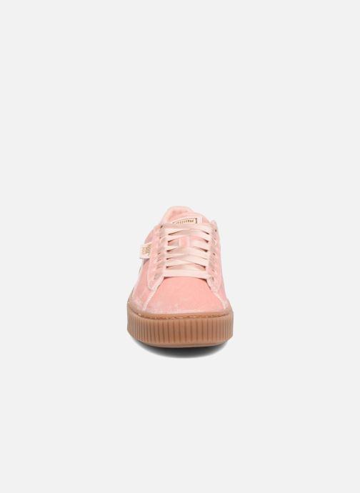 Sneakers Puma W Basket Platform VS Rosa modello indossato