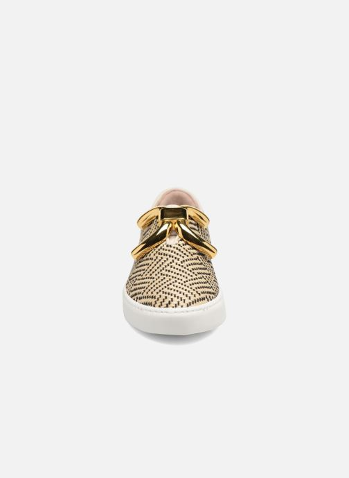 Sneakers An Hour And A Shower Livia Beige modello indossato