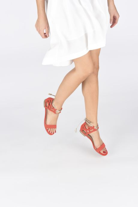 Sandalen I Love Shoes FELICIA rot ansicht von unten / tasche getragen