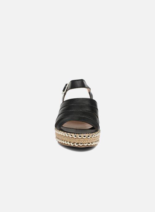 Sandales et nu-pieds Anaki NEVADA Noir vue portées chaussures