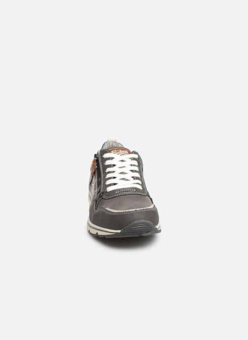 Baskets Dockers Metheu Gris vue portées chaussures