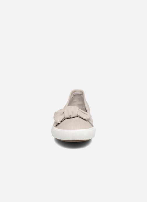 Ballerines Dockers Irva Gris vue portées chaussures