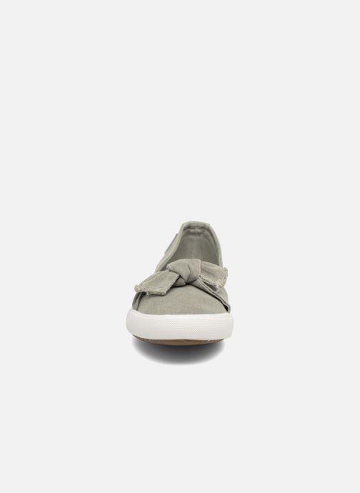 Ballerines Dockers Irva Vert vue portées chaussures