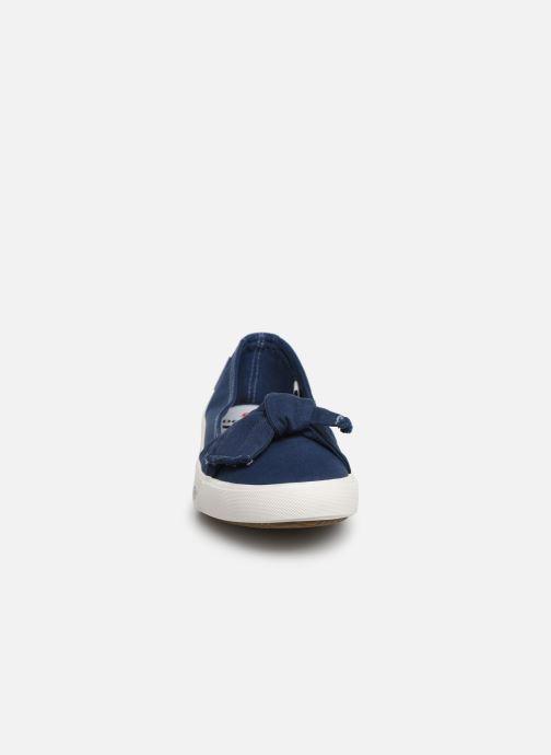 Ballerines Dockers Irva Bleu vue portées chaussures