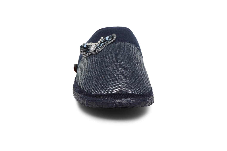 Chaussons Giesswein Parndorf Bleu vue portées chaussures