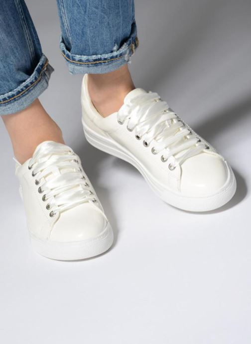 Baskets I Love Shoes MCSATIN Blanc vue bas / vue portée sac
