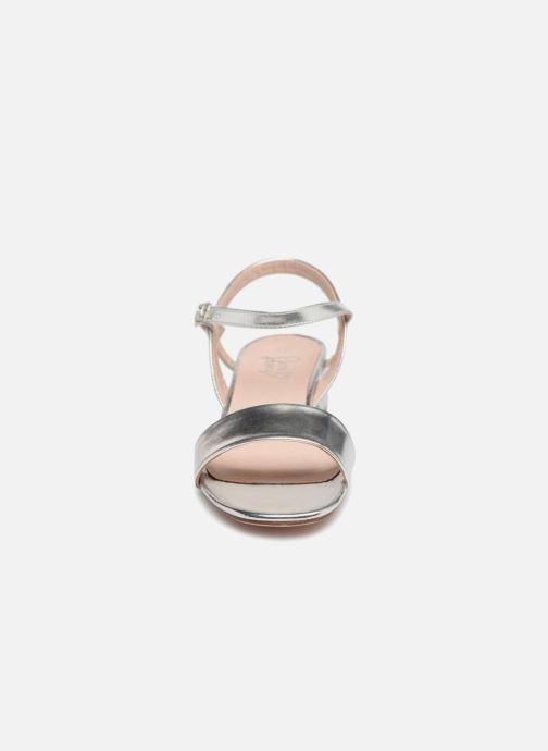 Sandalen I Love Shoes MCANI silber schuhe getragen