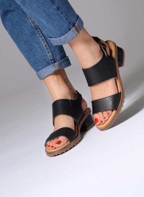 Sandals El Naturalista Sabal N5010 Black view from underneath / model view