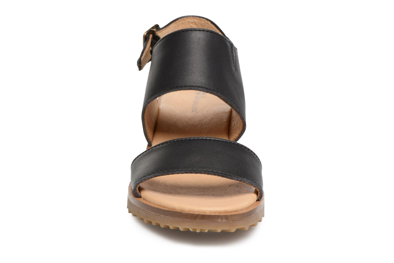 Sandales et nu-pieds El Naturalista Sabal N5010 Noir vue portées chaussures