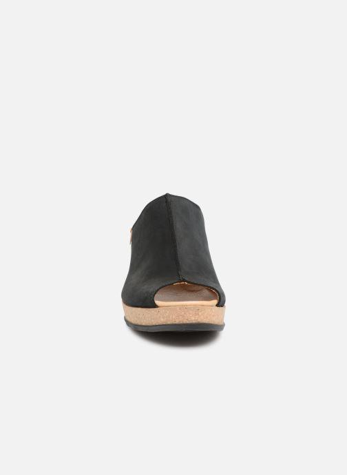 Mules et sabots El Naturalista Leaves N5005 Noir vue portées chaussures