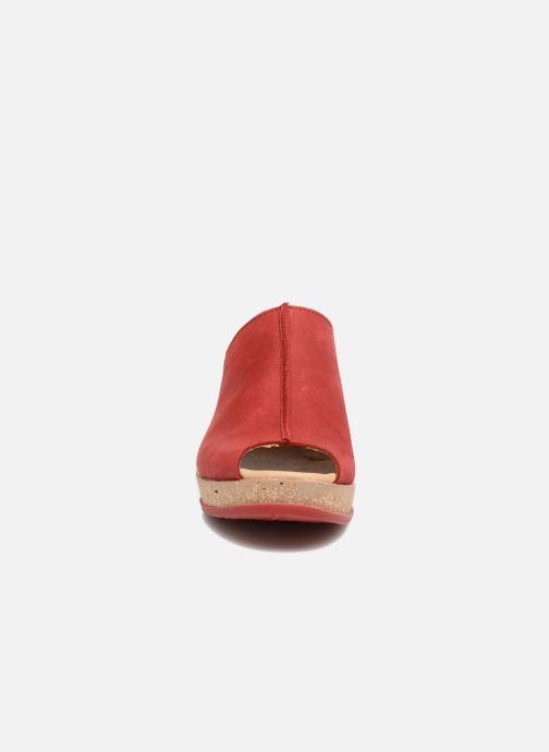Zuecos El Naturalista Leaves N5005 Rojo vista del modelo