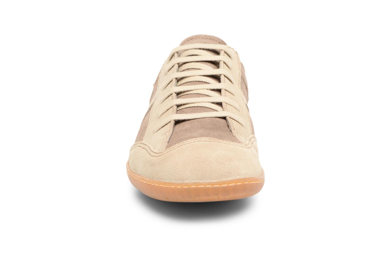 Sneakers El Naturalista El Viajero N5278 Marrone modello indossato
