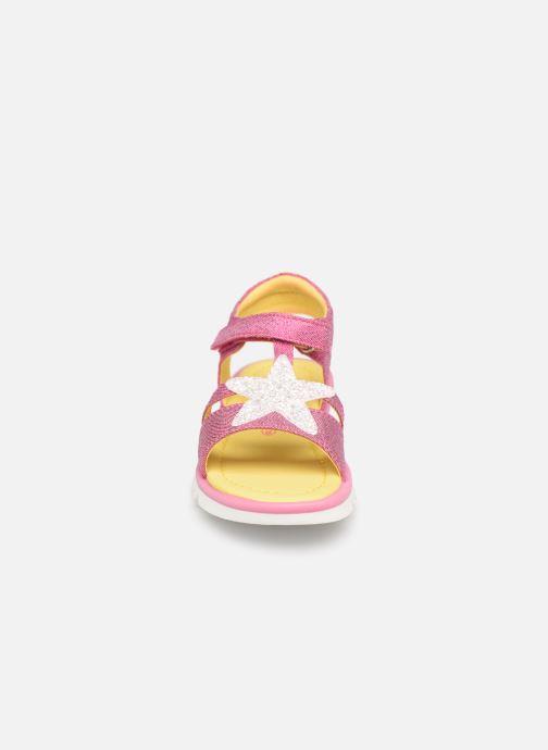 Sandali e scarpe aperte Agatha Ruiz de la Prada Smile Rosa modello indossato