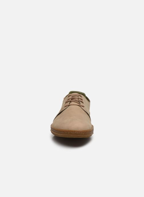 Baskets El Naturalista Amazonas N5381 Beige vue portées chaussures