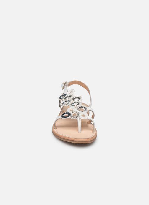 Sandales et nu-pieds Les Tropéziennes par M Belarbi Oups Blanc vue portées chaussures