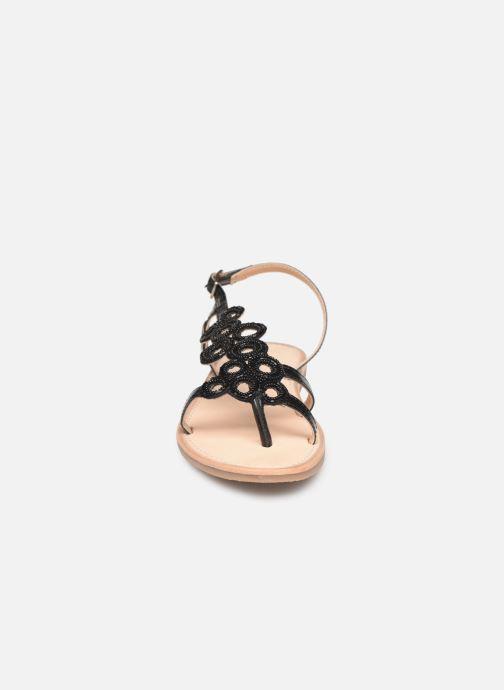 Sandales et nu-pieds Les Tropéziennes par M Belarbi Oups Noir vue portées chaussures