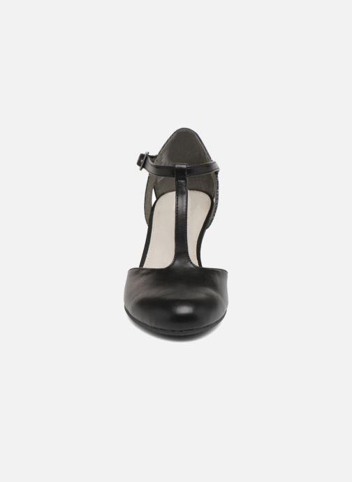 High heels S.Oliver Danoa 2 Black model view