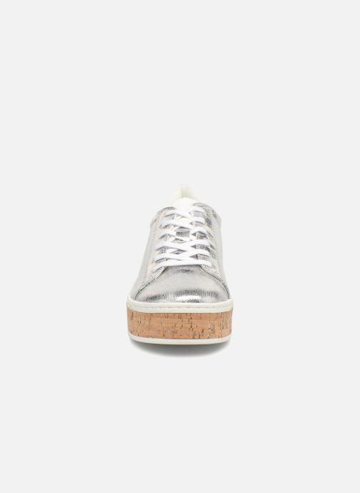 Sneakers S.Oliver Ethriane Argento modello indossato