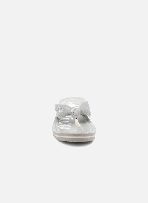 Tongs S.Oliver Deliam Gris vue portées chaussures