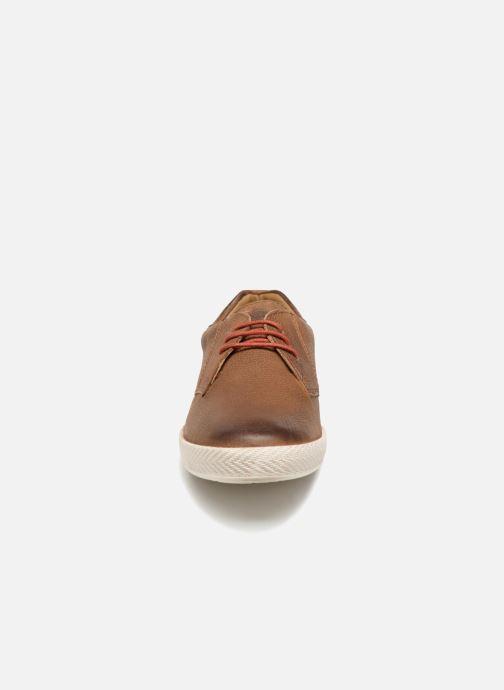 Sneaker Base London Keel braun schuhe getragen