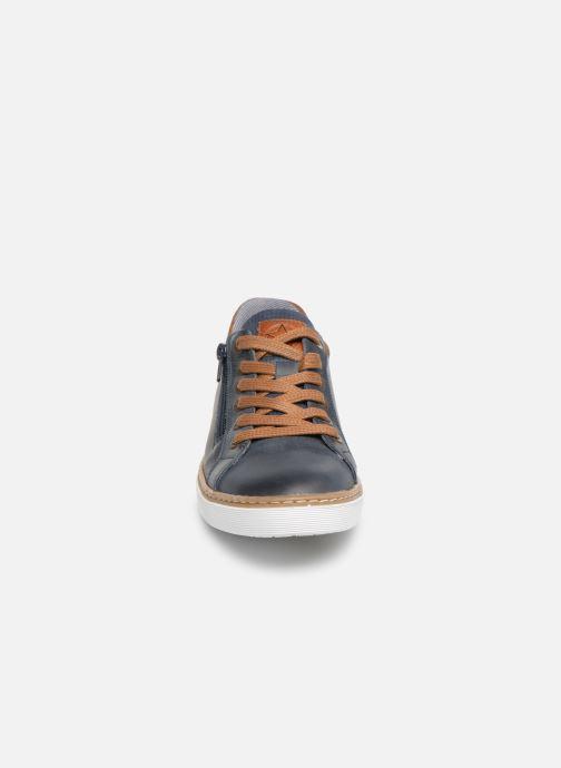 Baskets Bullboxer Fosco Bleu vue portées chaussures