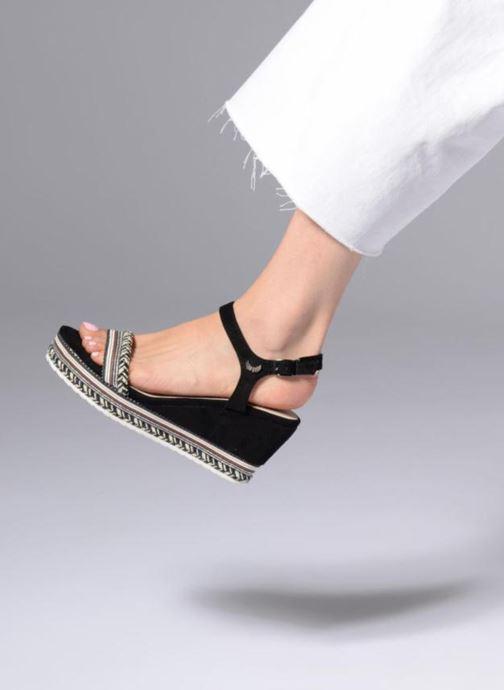 Sandalen Kaporal Slyde schwarz ansicht von unten / tasche getragen