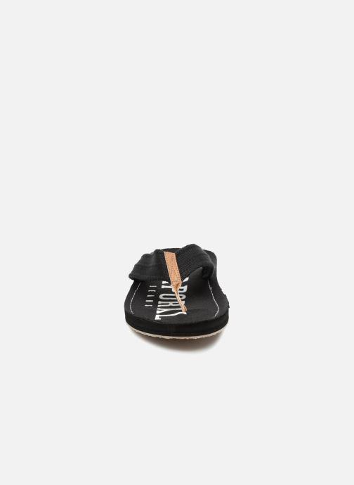 Tongs Kaporal Taino Noir vue portées chaussures