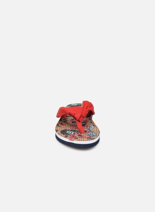 Tongs Kaporal Takine Rouge vue portées chaussures