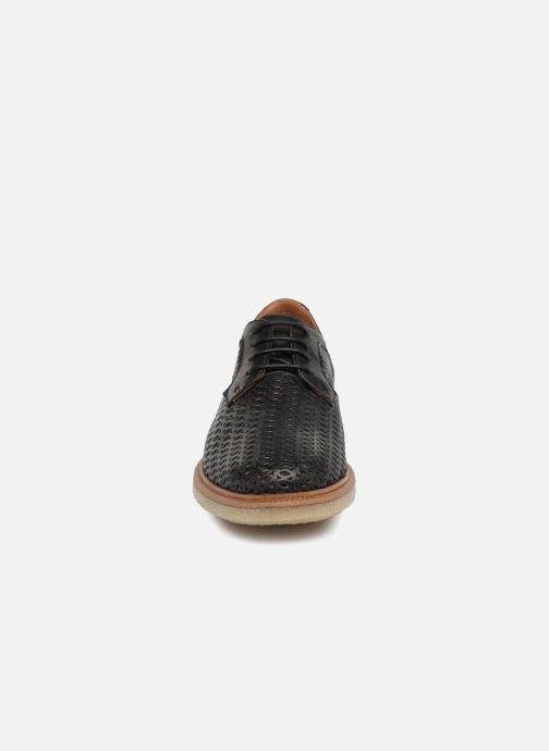 Chaussures à lacets Schmoove Woman Darwin Classic Sauvage Noir vue portées chaussures