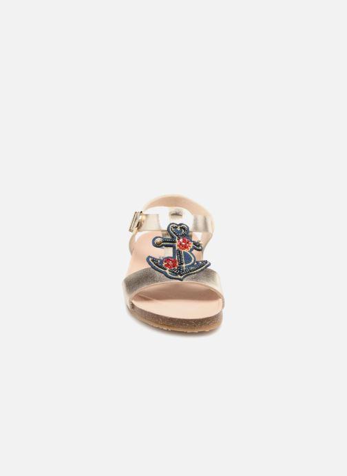 Sandales et nu-pieds Conguitos Angela Or et bronze vue portées chaussures