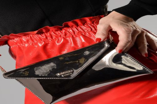 Sacs à main Guess Spring Fling Crossbody Clutch Or et bronze vue bas / vue portée sac
