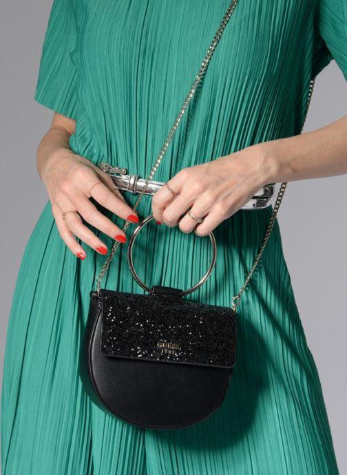 b165d71db3 Guess Spring Fling Crossbody Flap (Black) - Handbags chez Sarenza ...
