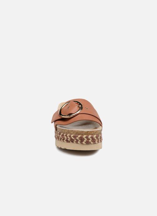 Clogs & Pantoletten MTNG Dakota braun schuhe getragen