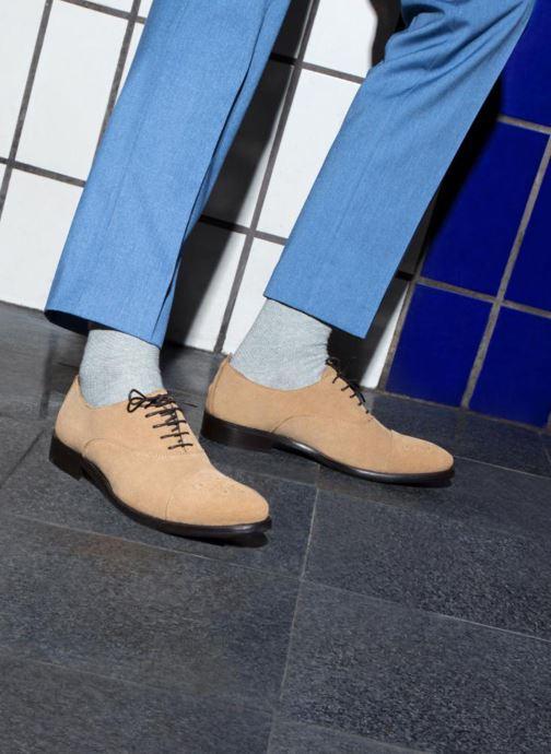 Chaussures à lacets Marvin&Co Duck Beige vue bas / vue portée sac