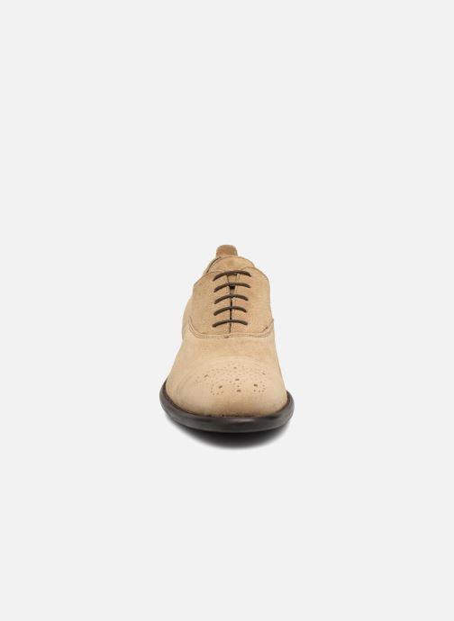 Chaussures à lacets Marvin&Co Duck Beige vue portées chaussures