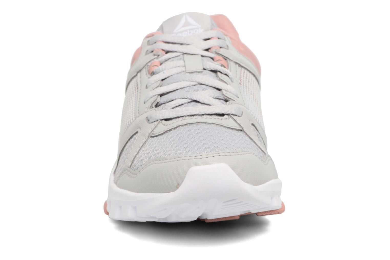 Chaussures de sport Reebok Yourflex Trainette 10 Mt Gris vue portées chaussures