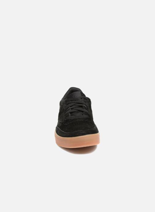 Baskets Reebok Club C 85 Fvs Noir vue portées chaussures