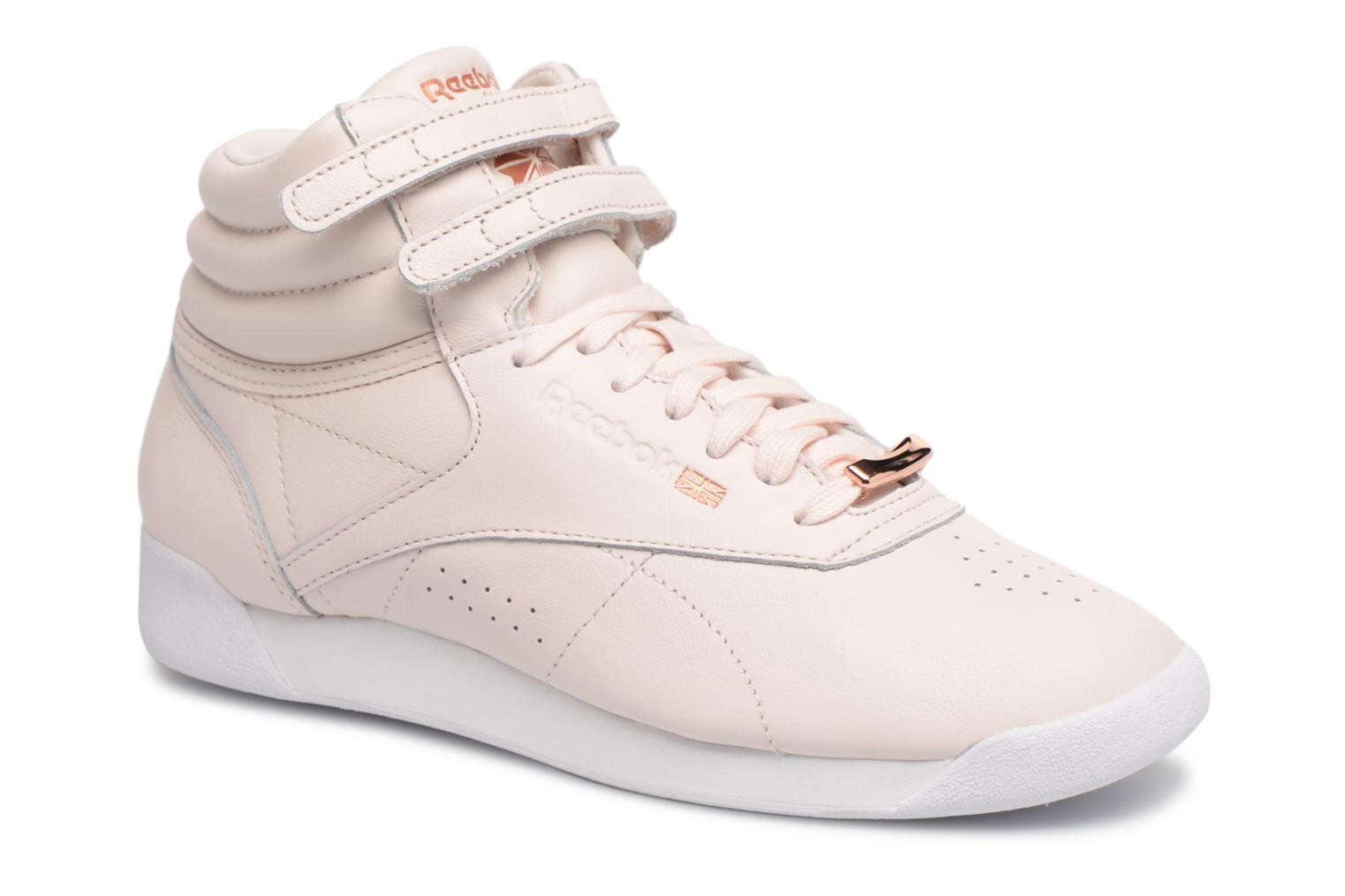 Baskets Reebok Freestyle Hi Muted Rose vue détail/paire
