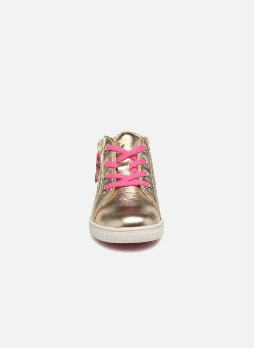 Baskets Babybotte Adrenalina Or et bronze vue portées chaussures