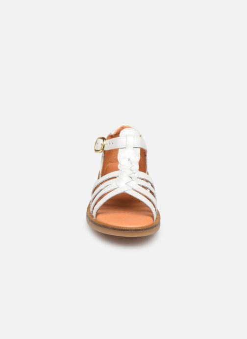 Sandaler Babybotte Tourbillon Vit bild av skorna på