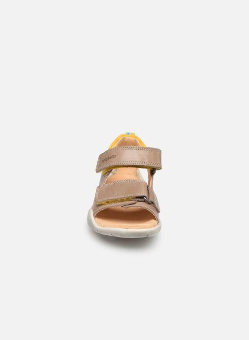 Sandales et nu-pieds Babybotte Tyfon Beige vue portées chaussures