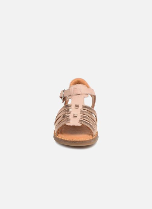 Sandales et nu-pieds Babybotte Krevette Rose vue portées chaussures