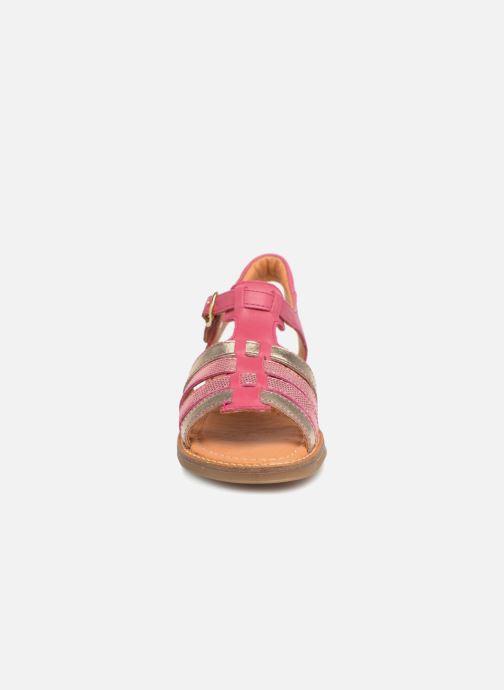 Sandaler Babybotte Krevette Rosa bild av skorna på