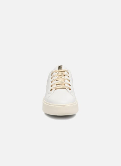 Baskets Geox D NHENBUS A D828DA Blanc vue portées chaussures